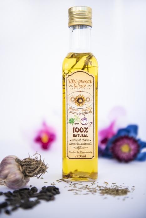 Ulei de floarea-soarelui cu mărar și usturoi